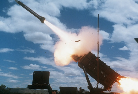 An MIM-104 Patriot Missile is fired by members of Btry. B, 8th Bn., 43rd Air Defense Artillery. Image Credit: CC by Morning Calm Weekly/US Army/Flickr.